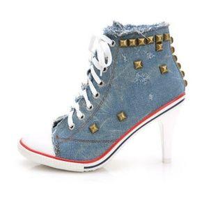 Converse rivet plain lace up front stiletto heel